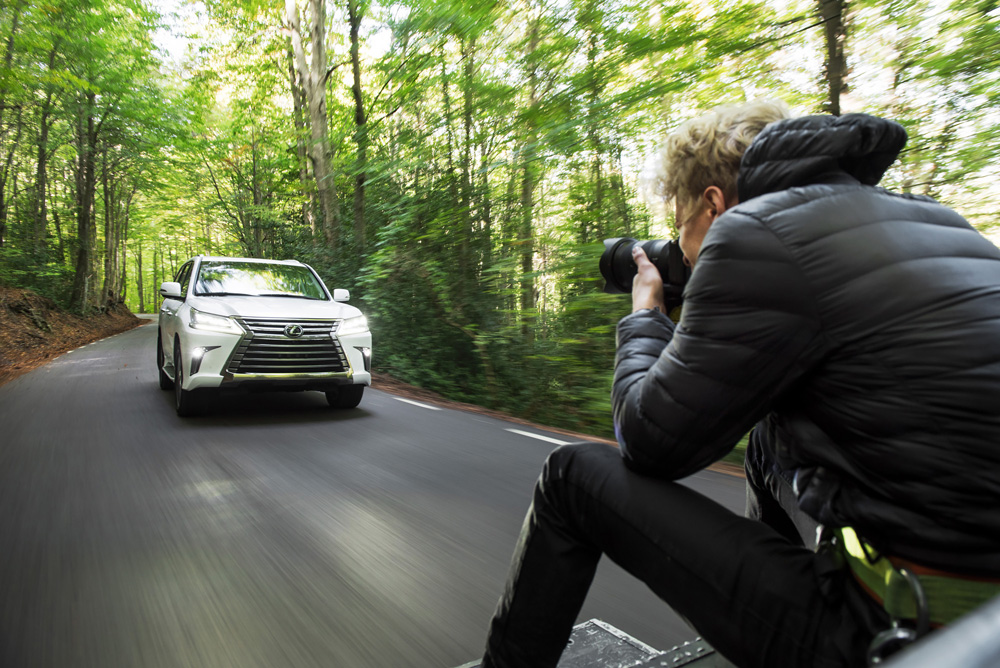 Behind the scene Lexus photoshoot car to car